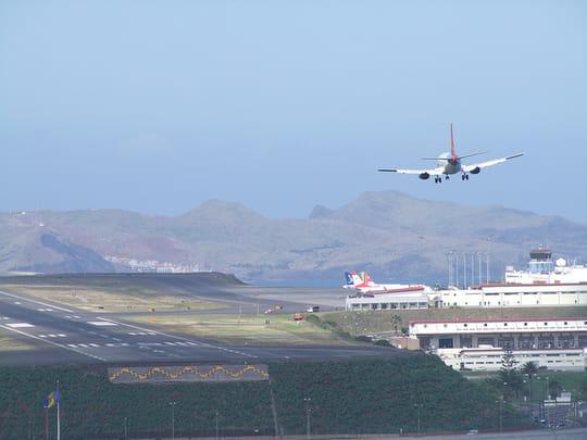 Aéroport de Funchal : les secrets pour atterrir sur l'un des aéroports les plus dangereux du monde