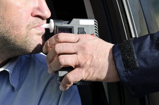 Alcool au volant: les risques, les sanctions [points en moins, amende]