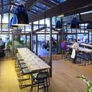 Pinasse Café  - LE MANGE DEBOUT DU PINASSE CAFE -   © © 2011 Photos Arthur Péquin, tous droits réservés.
