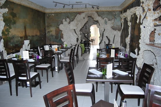 La Table Du Rocher Restaurant De Cuisine Traditionnelle A