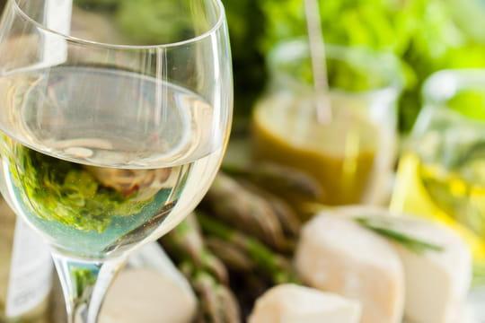Déguster et servir un vin: 10faux pas à éviter