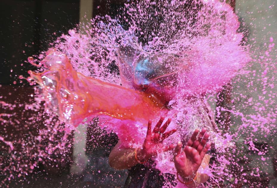 Jets d'eau colorée