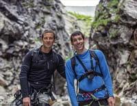 En pleine nature avec Bear Grylls : Les Alpes suisses avec Alex Honnold