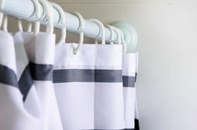 Rideau de douche: nos conseils et sélection des meilleurs modèles