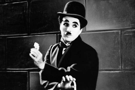 Charlie Chaplin: biographie d'une icone du cinéma muet