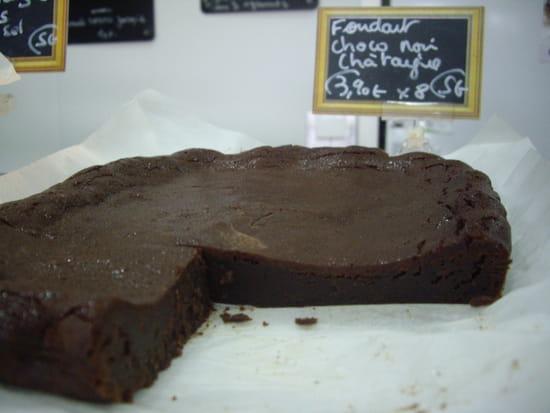 Dessert : Le blé Sauv'âge  - fondant chocolat noir à la farine de châtaigne -   © personnel