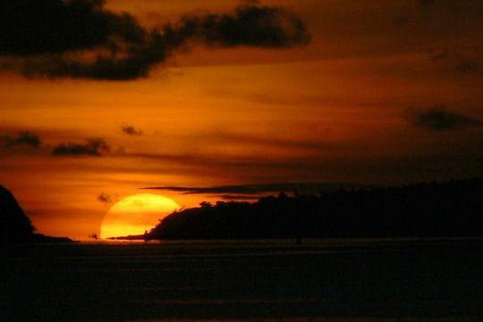 Coucher de soleil à Chalong