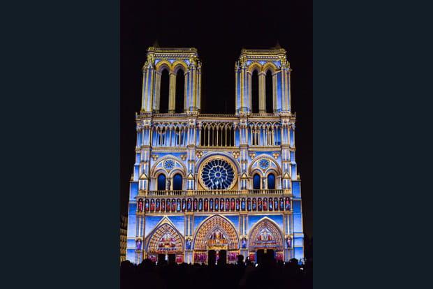 La façade originale de la cathédrale