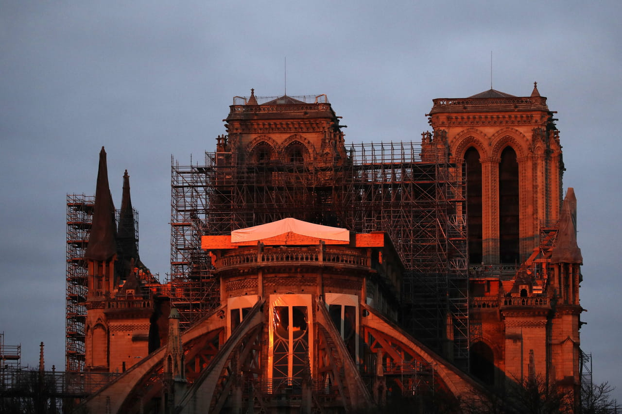 Vendredi saint2020: une cérémonie organisée à Notre-Dame de Paris
