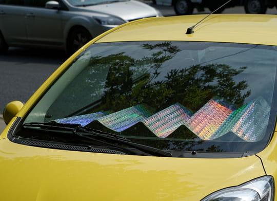 Pare-soleil de voiture: comment le choisir, quel prix?