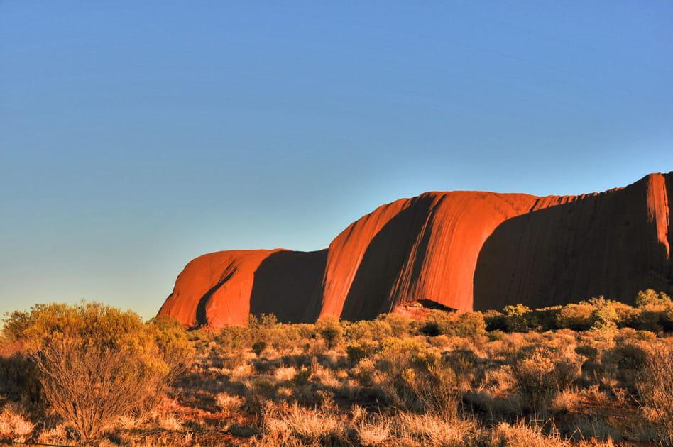 Le rocher sacré d'Ayers Rock en Australie