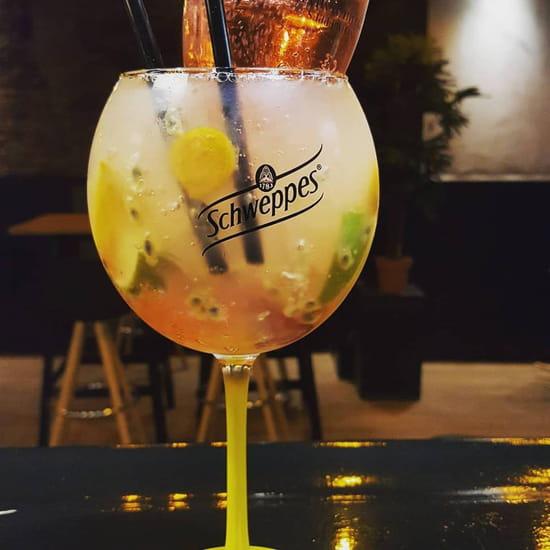 Boisson : Windsor Tapas  - gin tonic -   © windsor