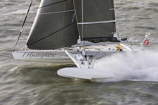L'Hydroptère, le premier voilier volant du monde