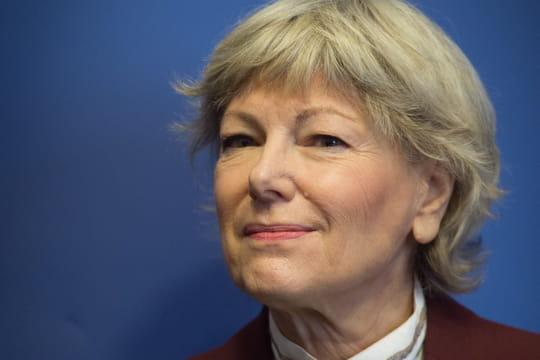 """Dominique Le Guludec (HAS): """"La stratégie qui consiste à mixer les vaccins va s'affiner"""""""