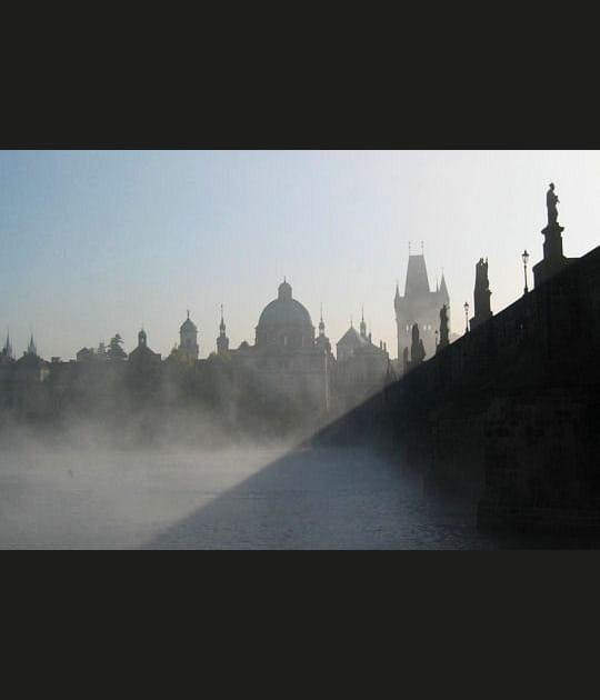 Prague en ombre chinoise