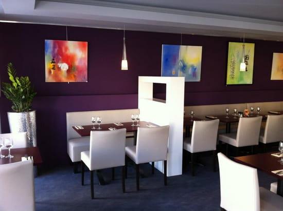 Brasserie restaurant le 9  - intérieur -   © thierry jost