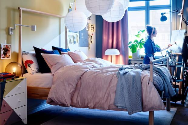 Une chambre cocooning aux couleurs douces