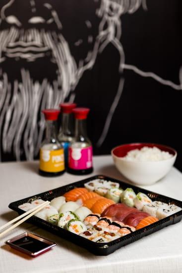 Plat : O' Sushi !  - Frais les sushis ! -   © Go Sushi !