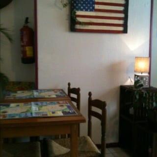 Restaurant : Sofish  - Petite salle arrière.. -