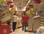 Hypermarchés, des bas prix à quel prix