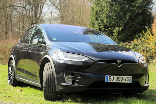 Après la Model S, place au SUV Model X