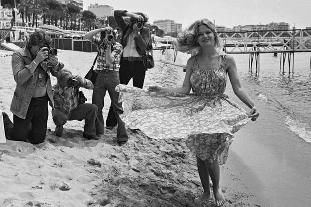 Jeane Manson sur la plage de Cannes en 1978