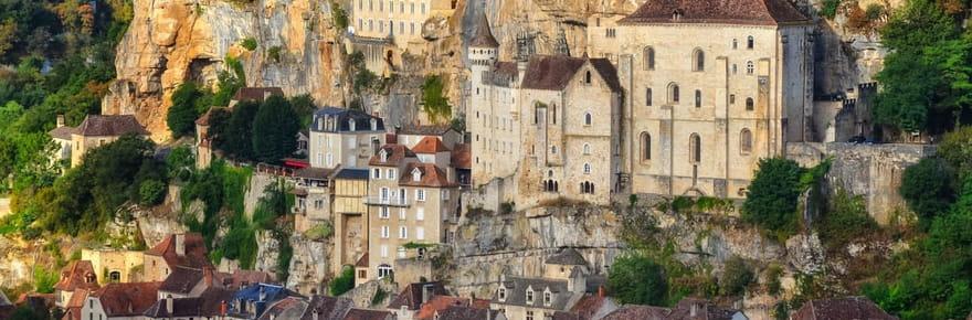 30villages médiévaux à l'atmosphère unique