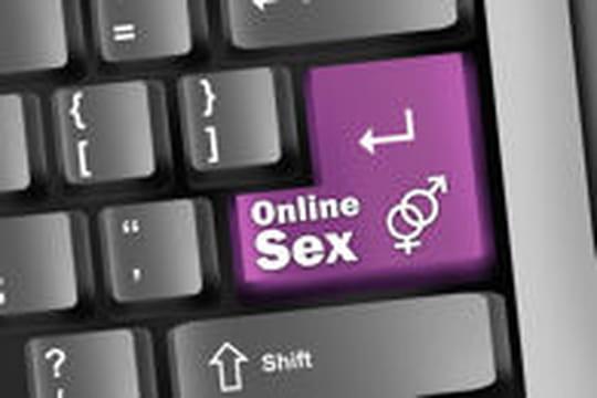 """Le boom des sites de rencontres """"adultères"""""""