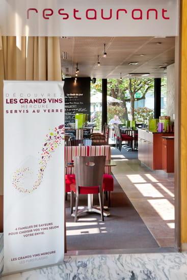 Café Pourpre Restaurant