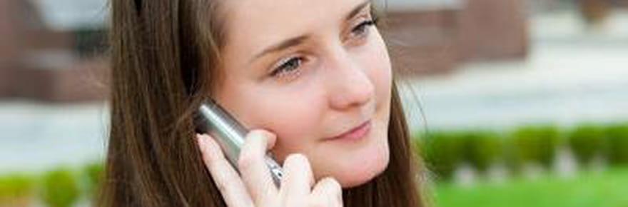 Free Mobile: un an de réussites, debugs etdepolémiques