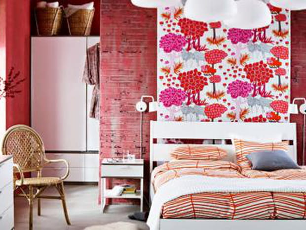 comment choisir une coiffeuse. Black Bedroom Furniture Sets. Home Design Ideas