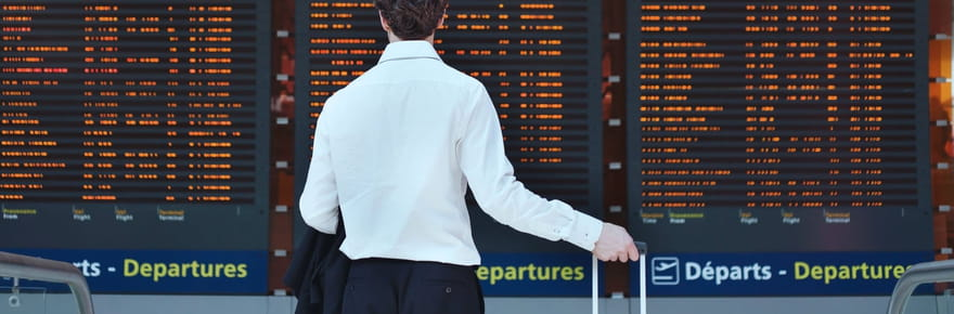 Grève contrôleurs aériens: aéroports impactés, 30% des vols annulés