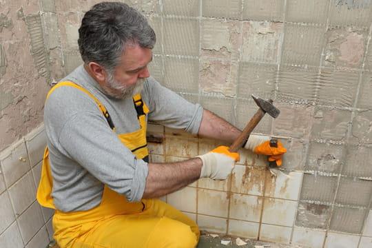 Enlever un carrelage mural: mode d'emploi facile