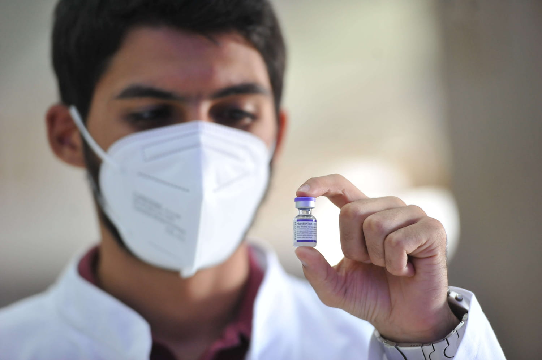 Vaccin Pfizer: disponible en pharmacie et chez les médecins, quels effets secondaires?