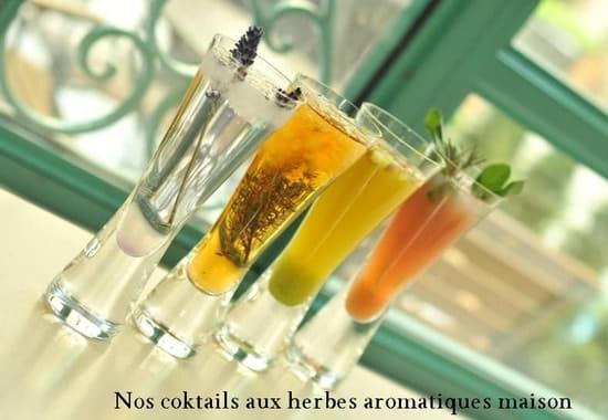 Le First, restaurant Boudoir Paris  - cocktails herbes aromatiques -   © The Westin Paris