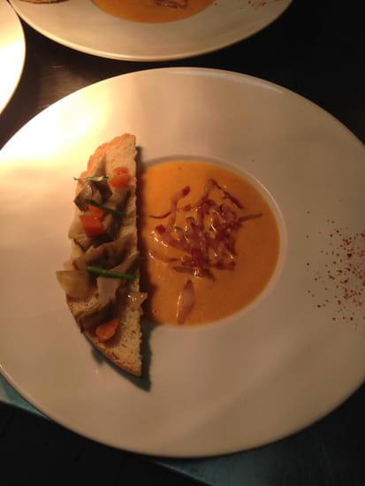 Plat : Auberge L'Amandin  - veloute potiron tartine artichaud -   © amandin