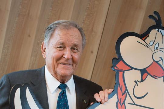 """Mort d'Albert Uderzo: le décès du dessinateur d'Asterix """"sans lien avec le Covid-19"""""""