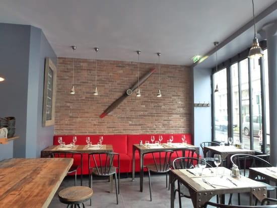 L'Atelier Nieuport  - Salle 1 du restaurant -   © Daphné