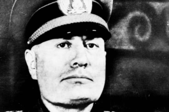 Benito Mussolini: fascisme, Hitler et famille, biographie du dictateur italien