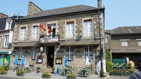 Hôtel Restaurant Saint Jacques  - hôtel St Jacques Saint James -   © JP Leguay