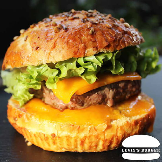 Plat : Luvin's Burger  - Burger – Le Pepper -   © Luvin's Burger
