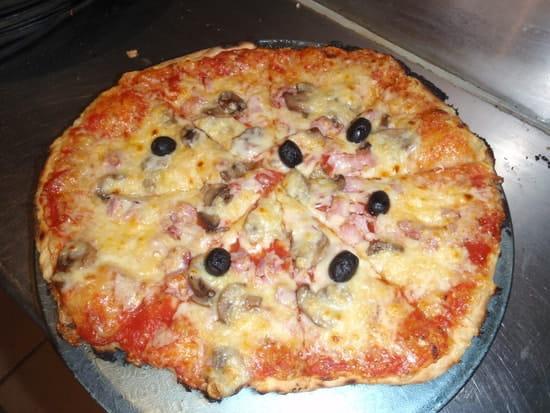 Piccolino  - pizza -   © eric