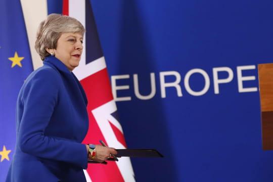 Brexit: deux nouvelles dates possibles, ce qu'il faut retenir du sommet