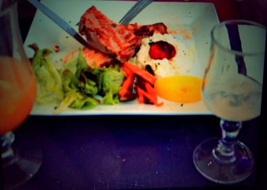 Restaurant : Ô Dix Sept  - Duo saumon et thon avec risotto et petits légumes ! Un régal... -