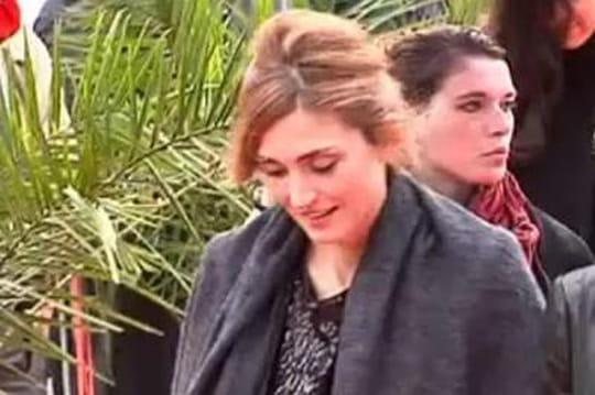 Gayet àl'Elysée: Hollande trahi par unetaupe ausein dupersonnel?