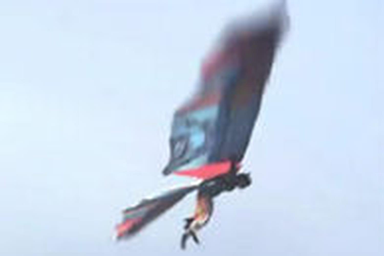Repér@ge: Voler comme un oiseau? Un Hollandais l'a fait!