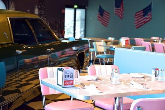 Rock 'n Roll Diner  - Le Rock'n Roll Diner -
