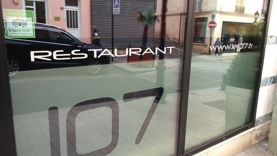 Restaurant le 107  - vitrine -