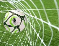 Football - Paris FC / Chambly