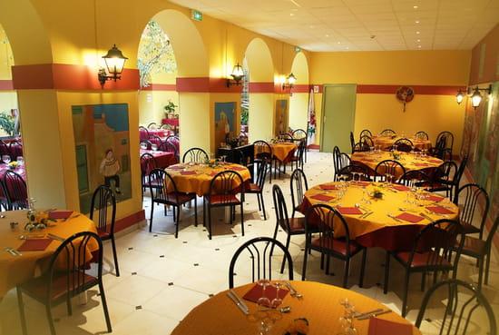 Restaurant : Le Ligure Nice Restaurant  - Grande capacité d'accueil -   © Le Ligure Nice Restaurant